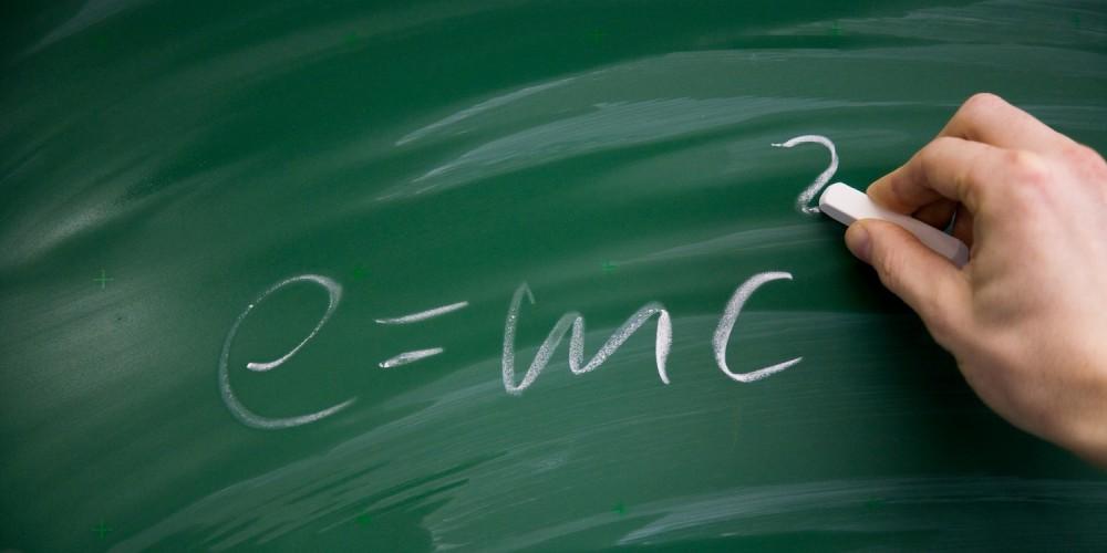 Mathematische Formel an der Tafel