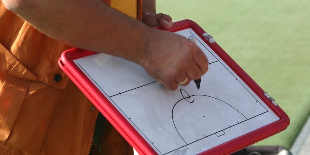 Trainer mit Taktiktafel