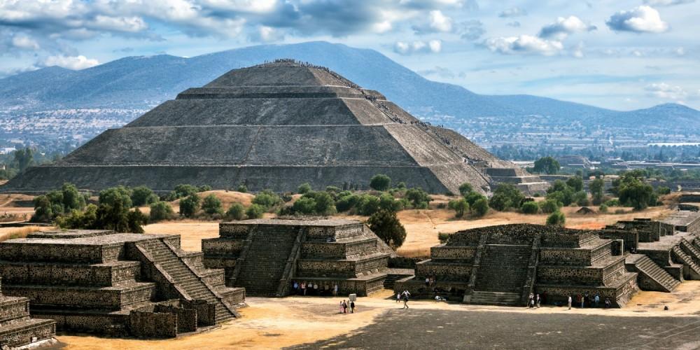 Pyramiden von Teotihuacan