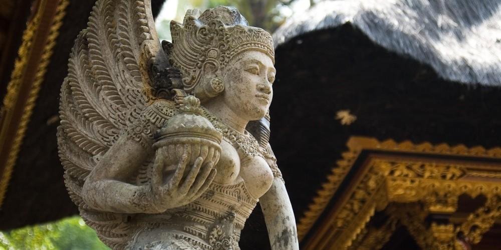 Buddhistische Tempelfigur