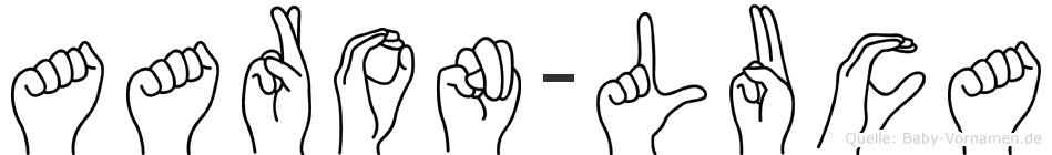 Aaron-Luca im Fingeralphabet der Deutschen Gebärdensprache