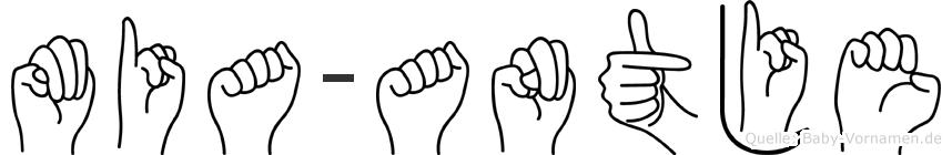 Mia-Antje im Fingeralphabet der Deutschen Gebärdensprache